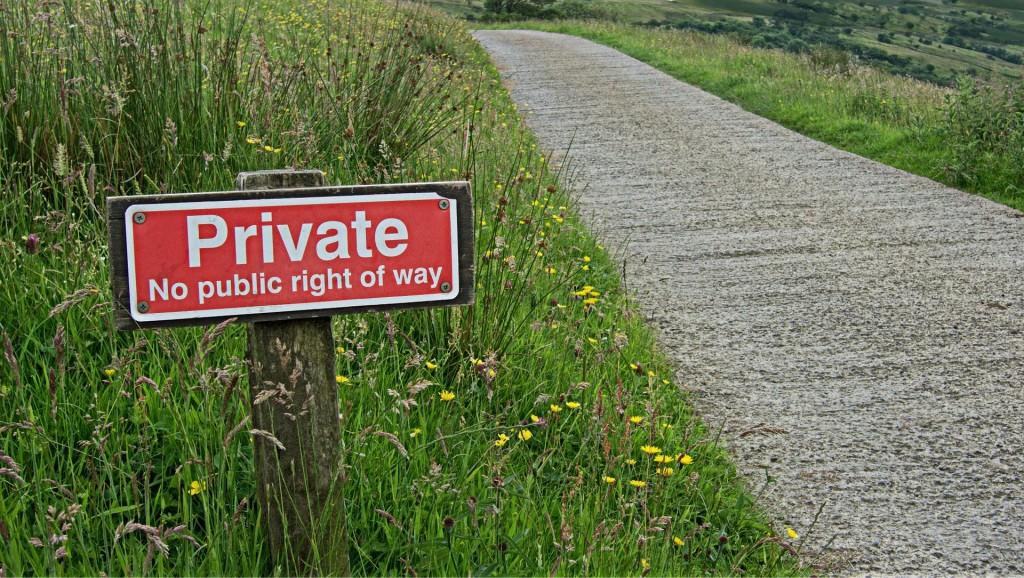 private-864304_1920